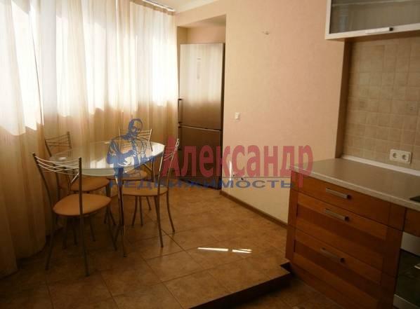 1-комнатная квартира (46м2) в аренду по адресу Бассейная ул., 89— фото 9 из 9
