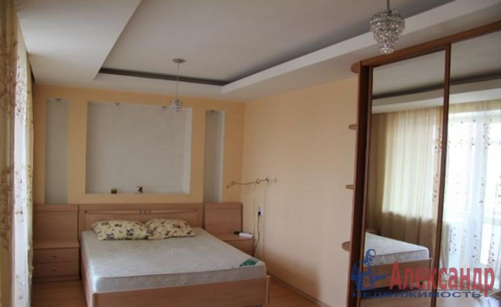 2-комнатная квартира (70м2) в аренду по адресу Лыжный пер., 4— фото 2 из 3