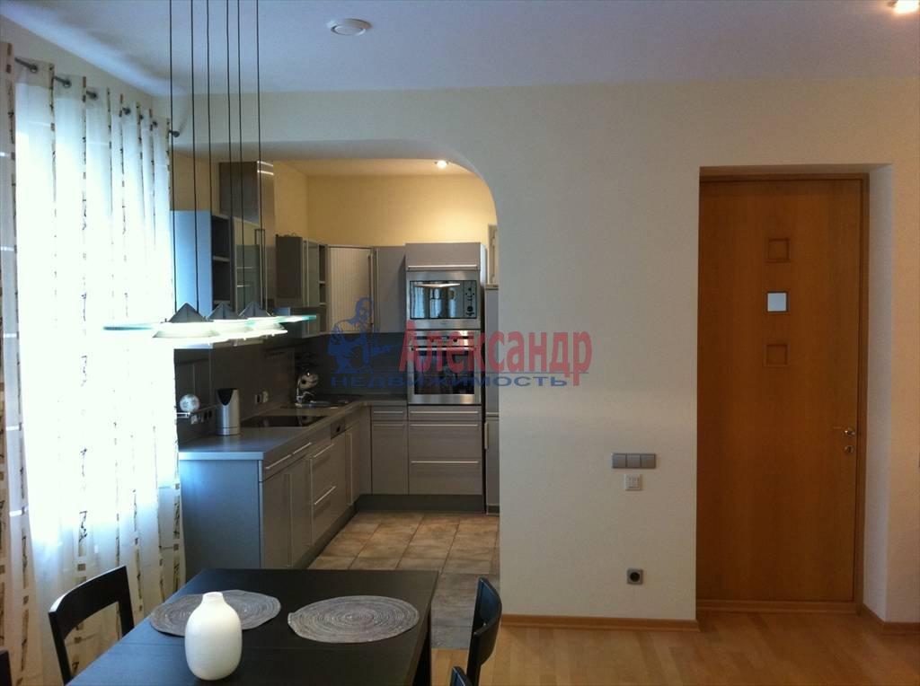 2-комнатная квартира (72м2) в аренду по адресу Никольский пер., 11— фото 4 из 9