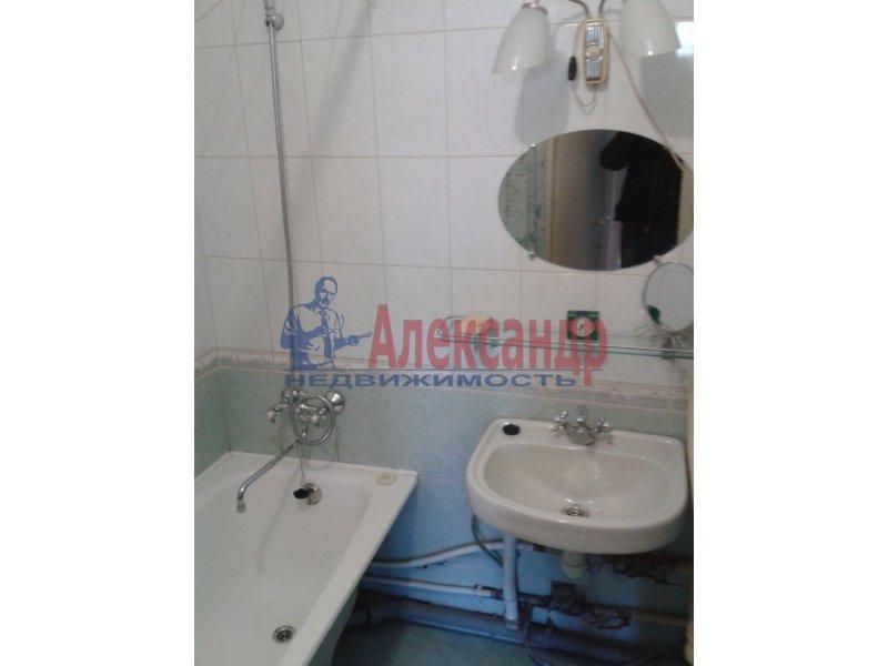 1-комнатная квартира (35м2) в аренду по адресу Бухарестская ул., 31— фото 5 из 6