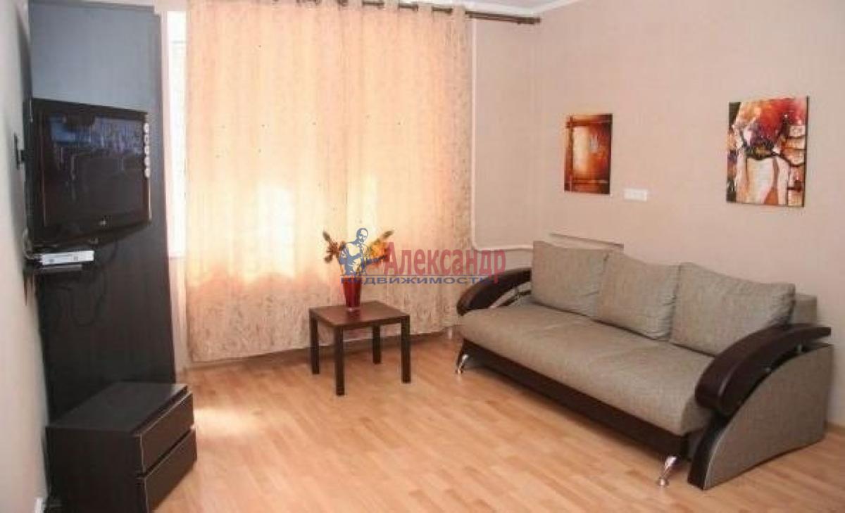 1-комнатная квартира (39м2) в аренду по адресу Новаторов бул., 66— фото 1 из 3