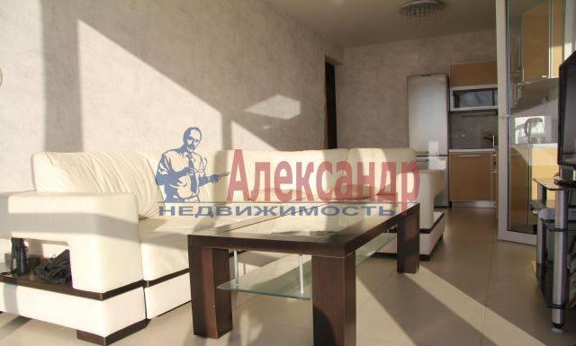 2-комнатная квартира (75м2) в аренду по адресу Приморский пр., 137— фото 8 из 10