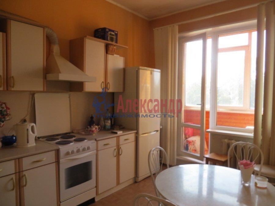 1-комнатная квартира (44м2) в аренду по адресу Рихарда Зорге ул., 4— фото 1 из 4