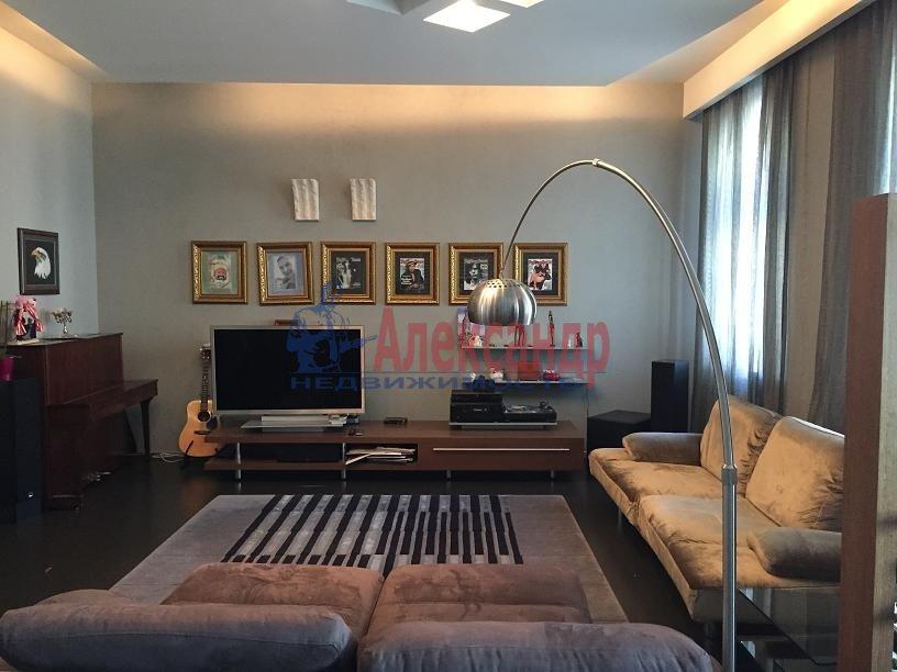 2-комнатная квартира (115м2) в аренду по адресу Большая Московская ул., 5— фото 1 из 19