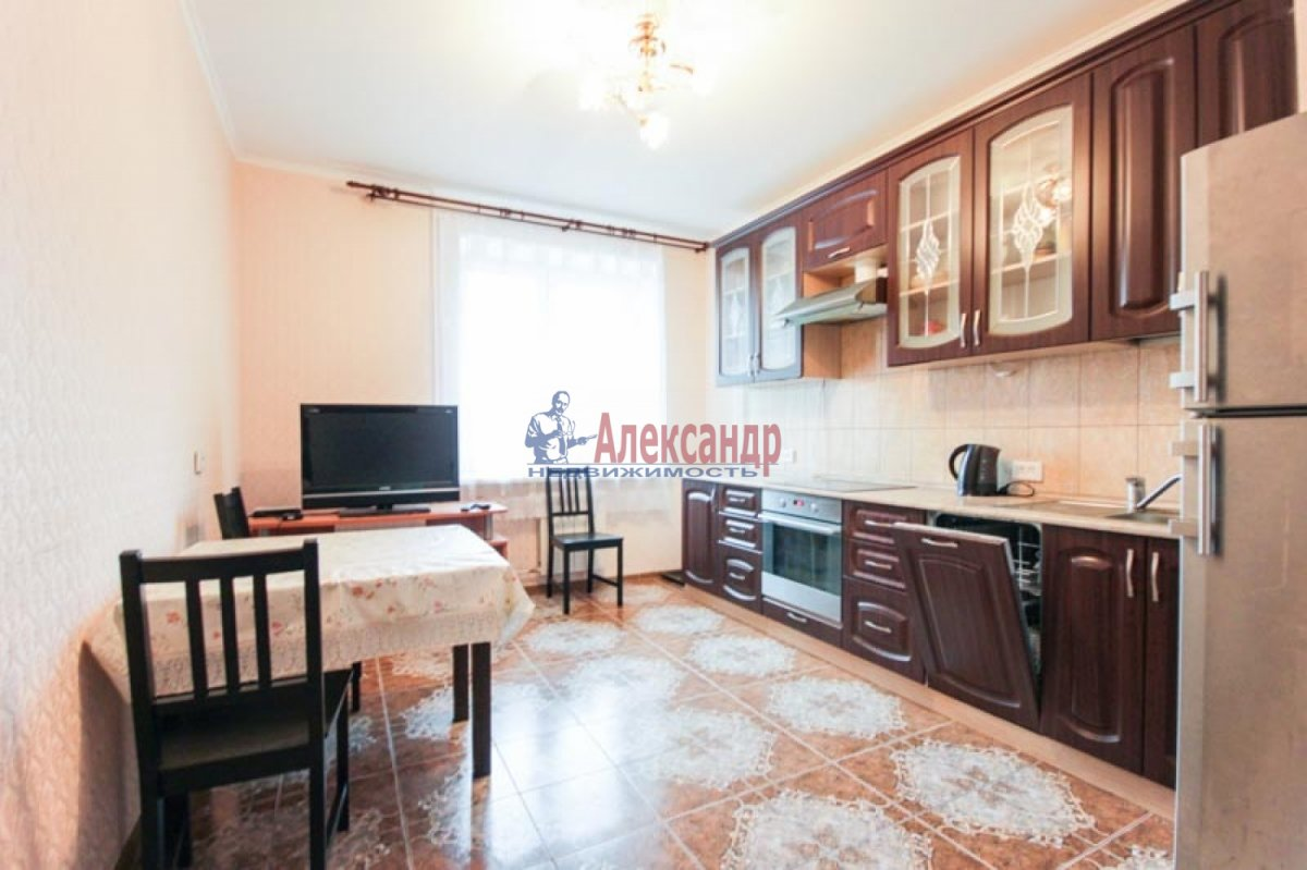 3-комнатная квартира (100м2) в аренду по адресу Ветеранов пр., 52— фото 9 из 11