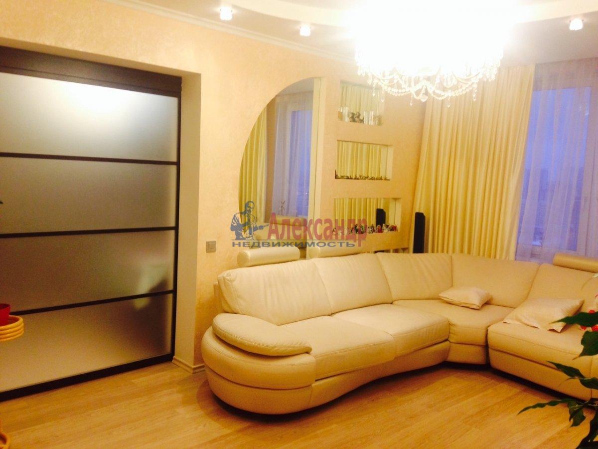 1-комнатная квартира (50м2) в аренду по адресу Крестовский пр., 15— фото 1 из 3
