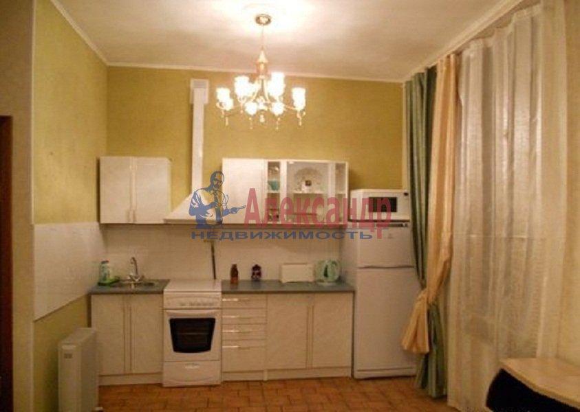 1-комнатная квартира (38м2) в аренду по адресу Композиторов ул., 12— фото 3 из 3