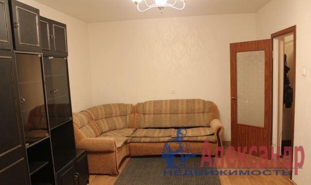 1-комнатная квартира (34м2) в аренду по адресу Красное Село г., Гатчинское шос., 4— фото 1 из 3
