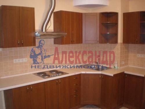 1-комнатная квартира (38м2) в аренду по адресу Кондратьевский пр., 62— фото 1 из 3
