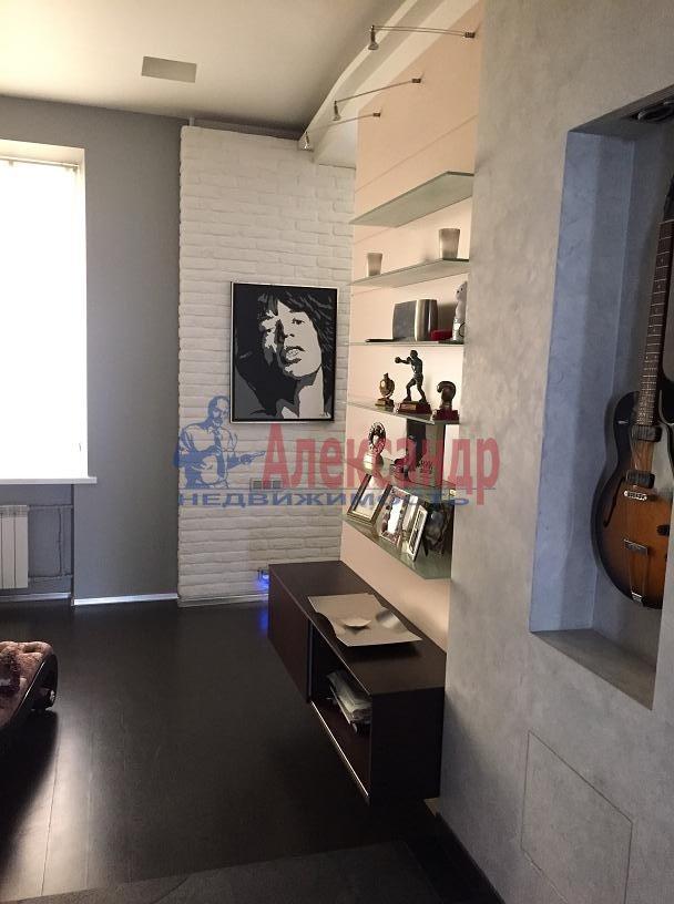 2-комнатная квартира (115м2) в аренду по адресу Большая Московская ул., 5— фото 2 из 19