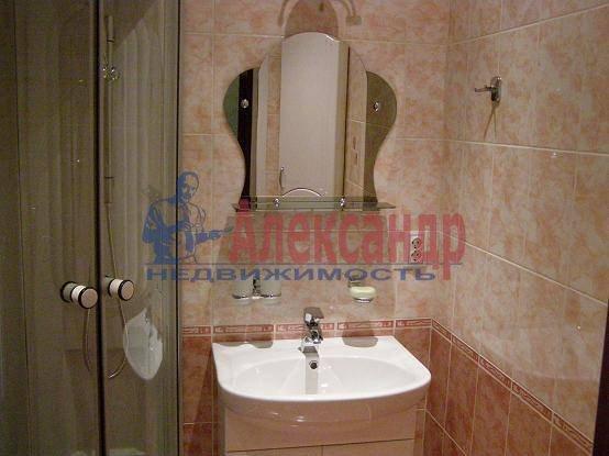1-комнатная квартира (42м2) в аренду по адресу Раевского пр., 14— фото 3 из 4