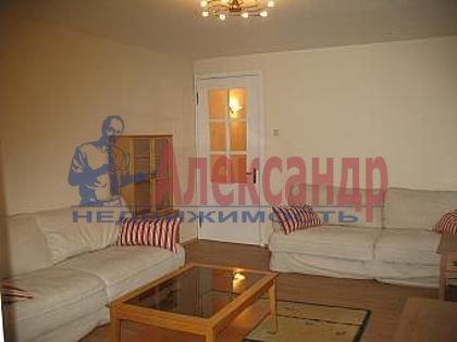2-комнатная квартира (80м2) в аренду по адресу Канала Грибоедова наб., 10— фото 2 из 3