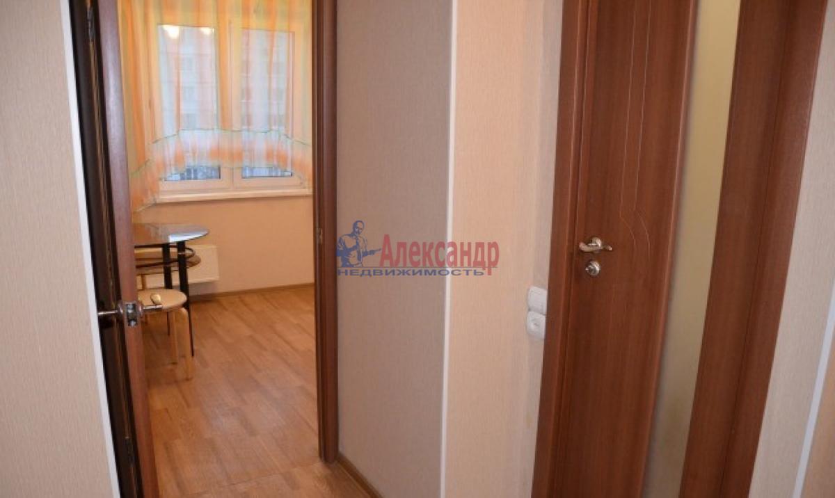 1-комнатная квартира (38м2) в аренду по адресу Трефолева ул., 26— фото 6 из 7