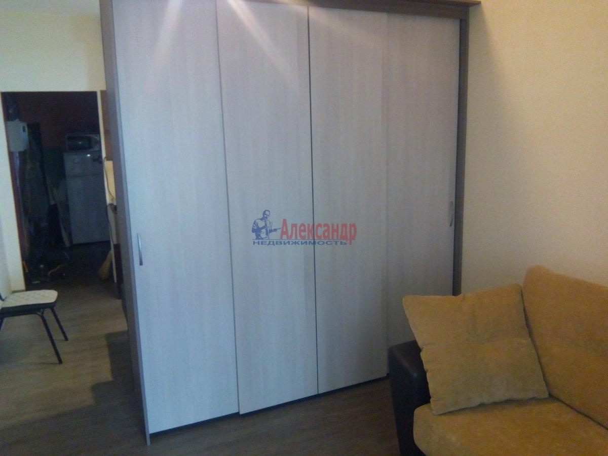 1-комнатная квартира (35м2) в аренду по адресу Ивана Фомина ул., 15— фото 3 из 3