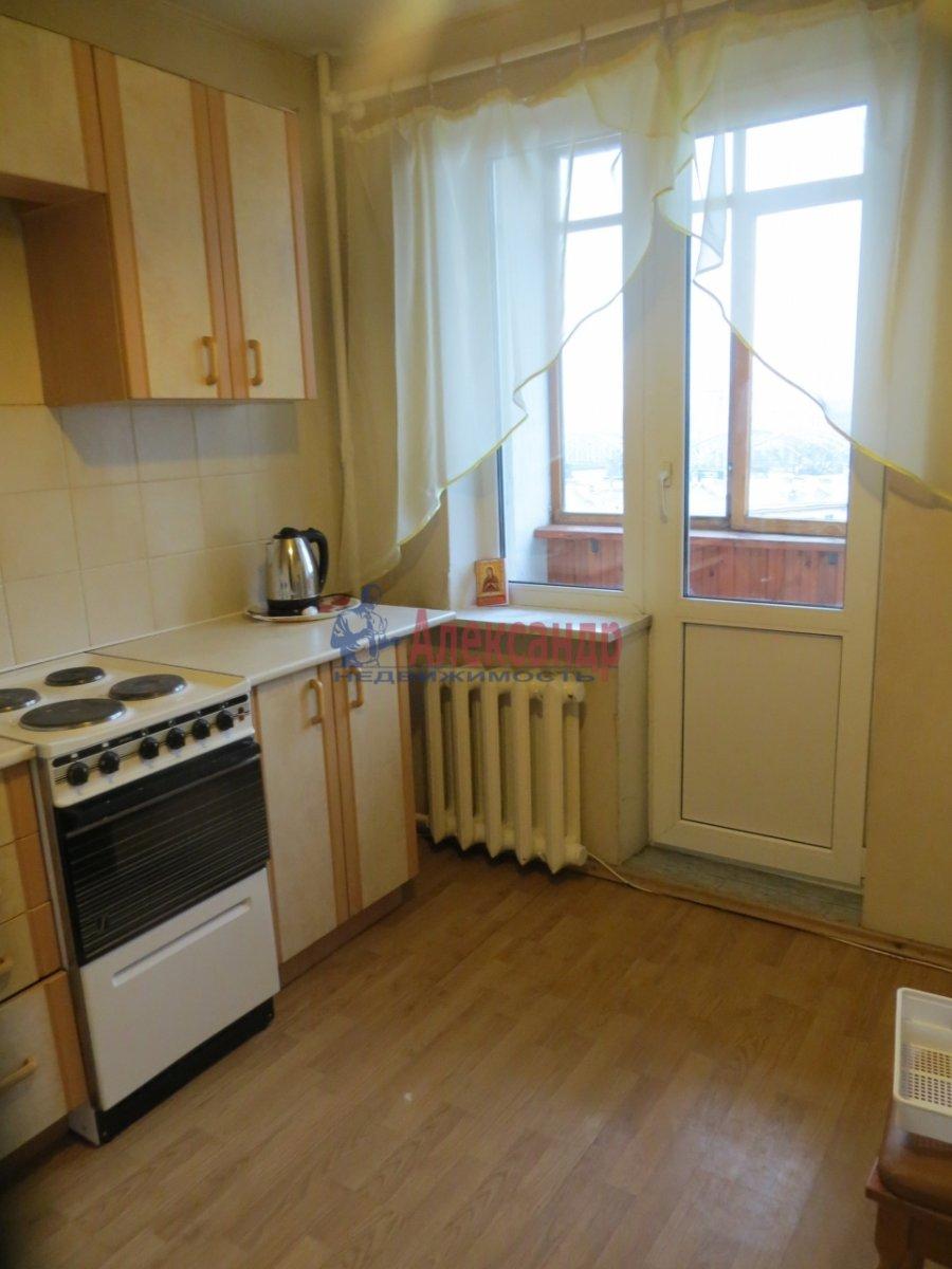 1-комнатная квартира (38м2) в аренду по адресу Казанская ул., 33— фото 2 из 2