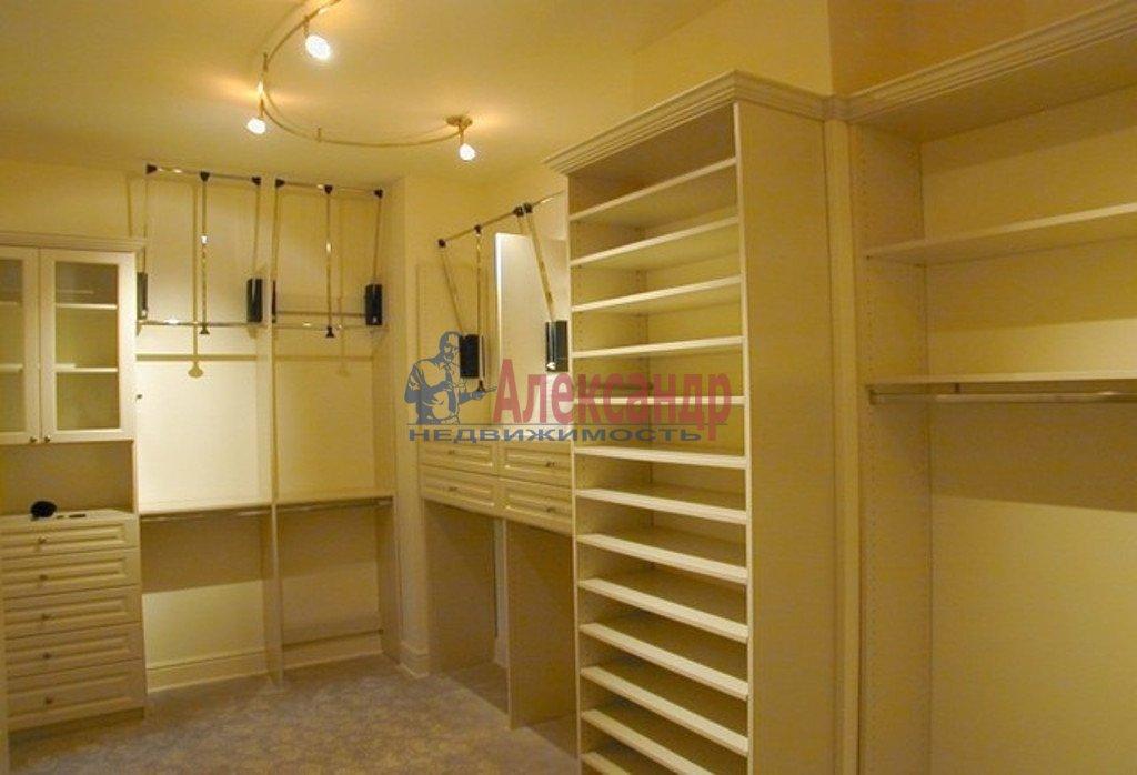 4-комнатная квартира (150м2) в аренду по адресу Новгородская ул., 23— фото 4 из 4