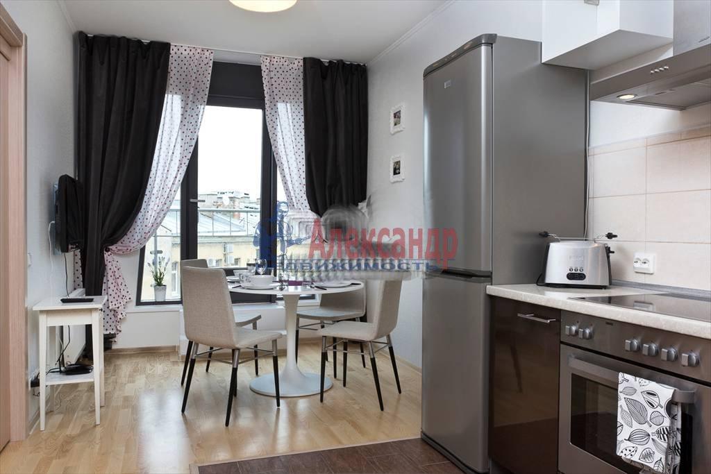 1-комнатная квартира (45м2) в аренду по адресу Чернышевского пр., 4— фото 2 из 10