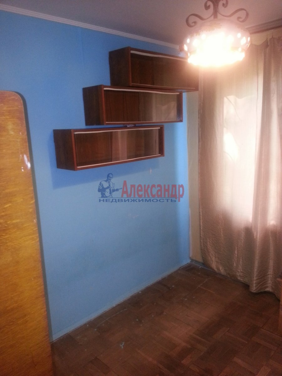 3-комнатная квартира (49м2) в аренду по адресу Лени Голикова ул., 24— фото 7 из 20