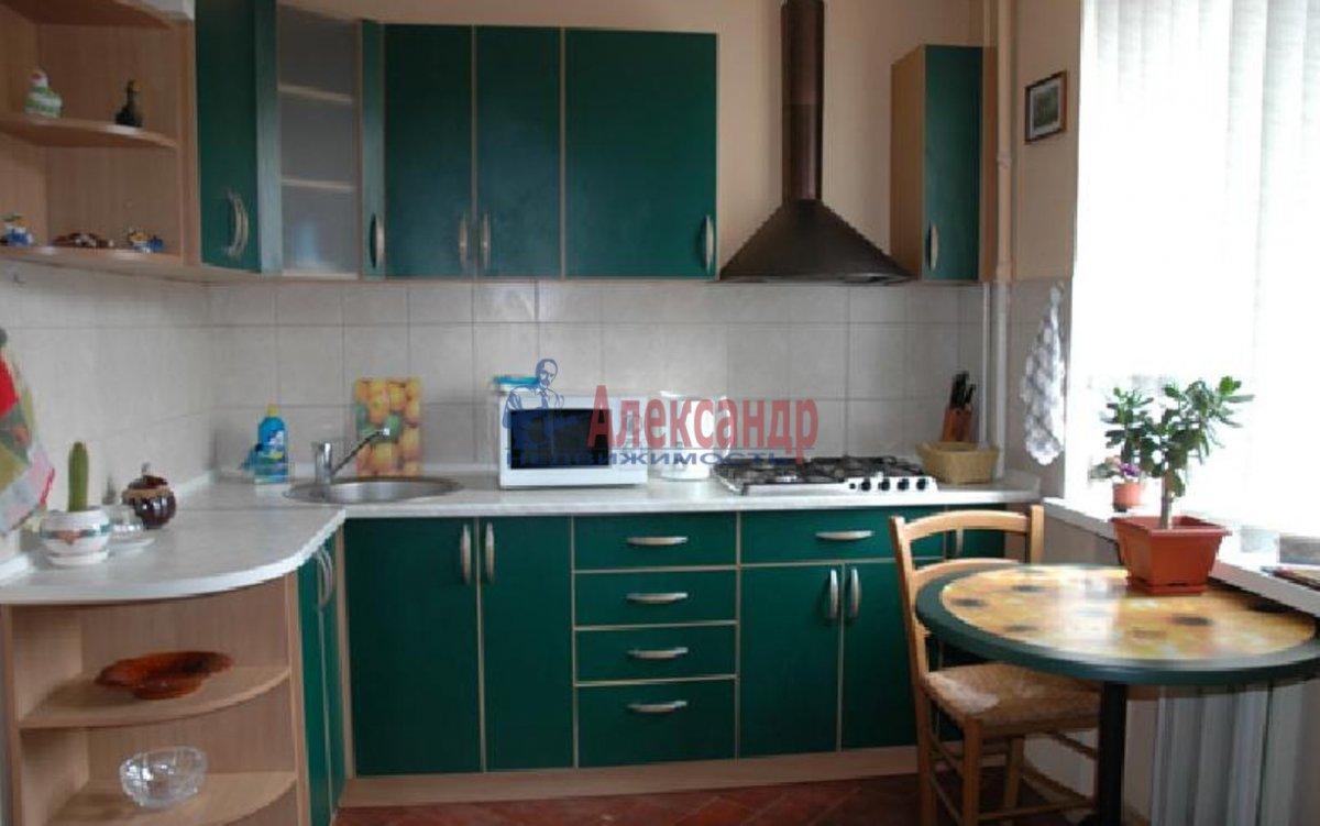 3-комнатная квартира (65м2) в аренду по адресу Декабристов ул., 9— фото 4 из 4