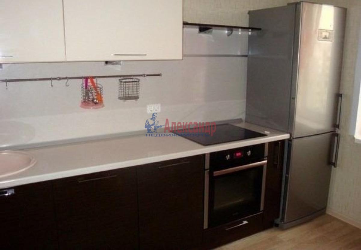 1-комнатная квартира (39м2) в аренду по адресу Новаторов бул., 66— фото 2 из 3