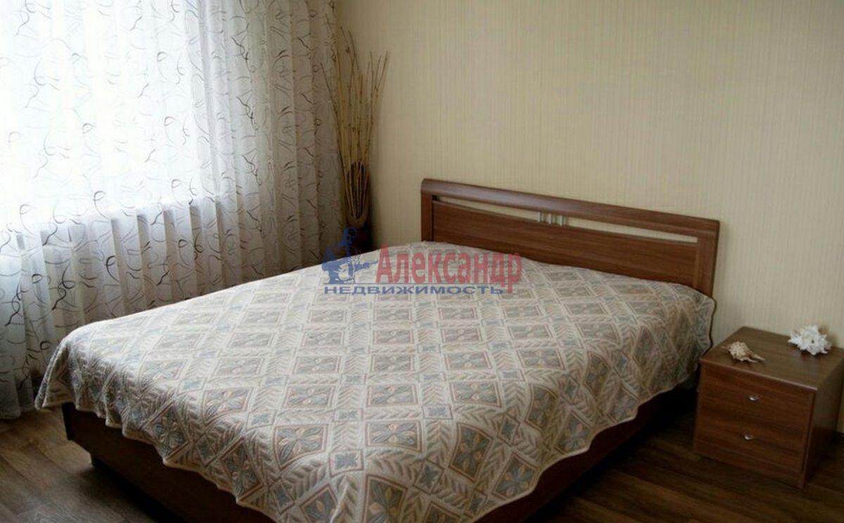 2-комнатная квартира (55м2) в аренду по адресу Парголово пос., Заречная ул., 19— фото 2 из 4