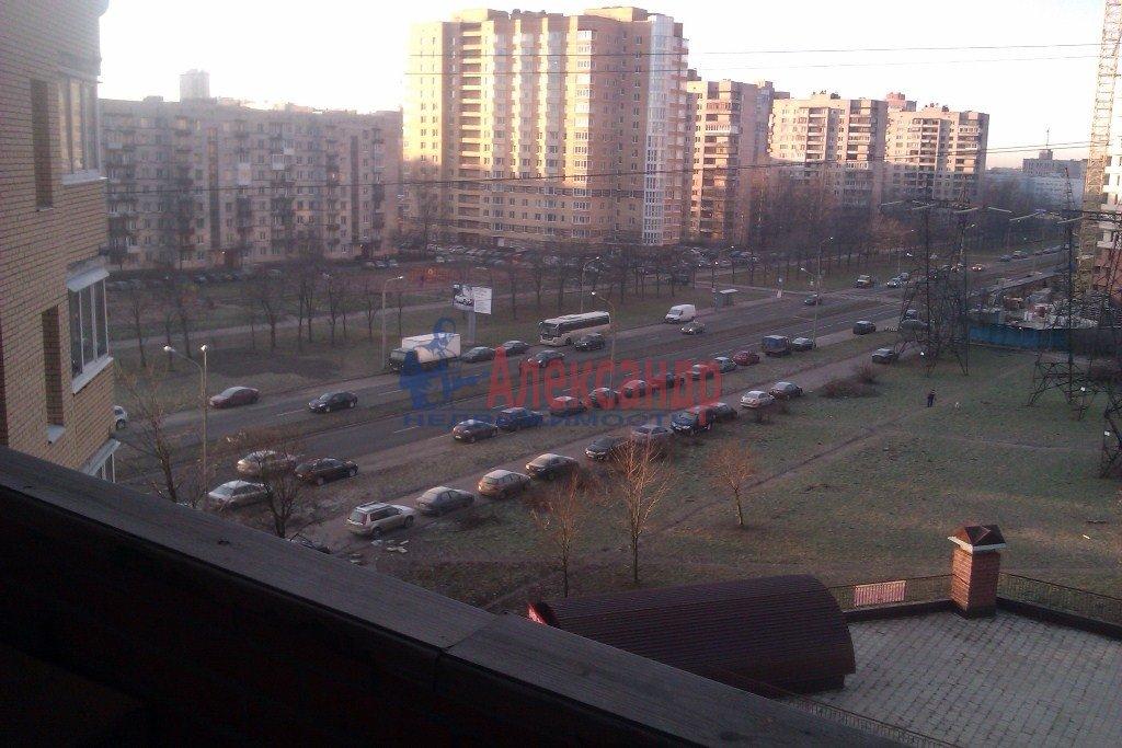 1-комнатная квартира (40м2) в аренду по адресу Орджоникидзе ул., 58— фото 4 из 10