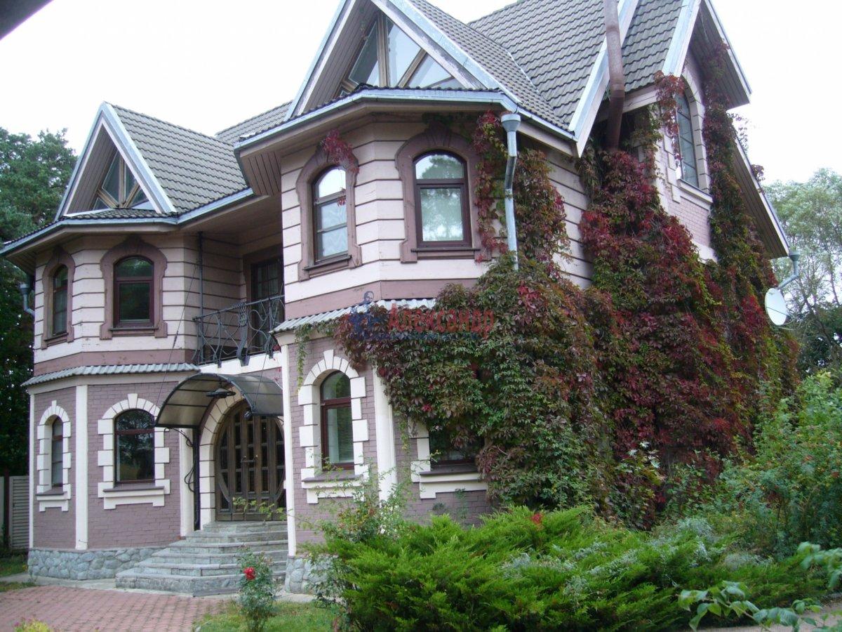 Дом (250м2) в аренду — фото 1 из 17