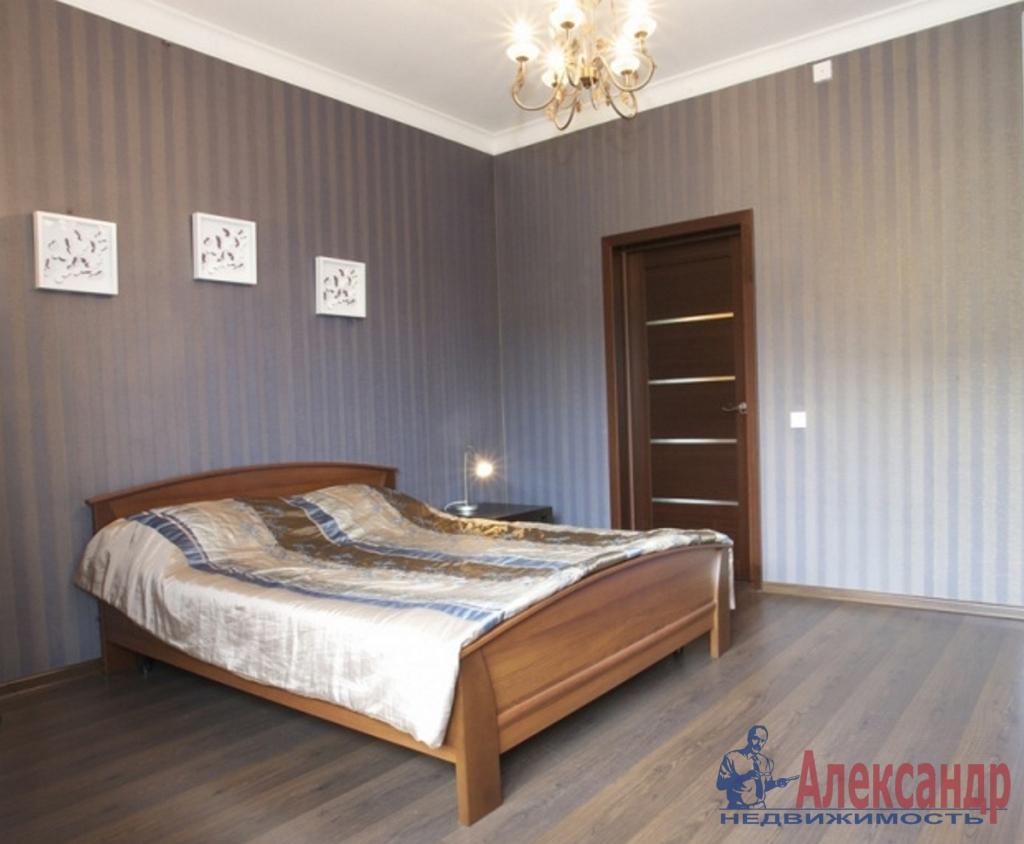 2-комнатная квартира (72м2) в аренду по адресу Композиторов ул., 12— фото 2 из 4