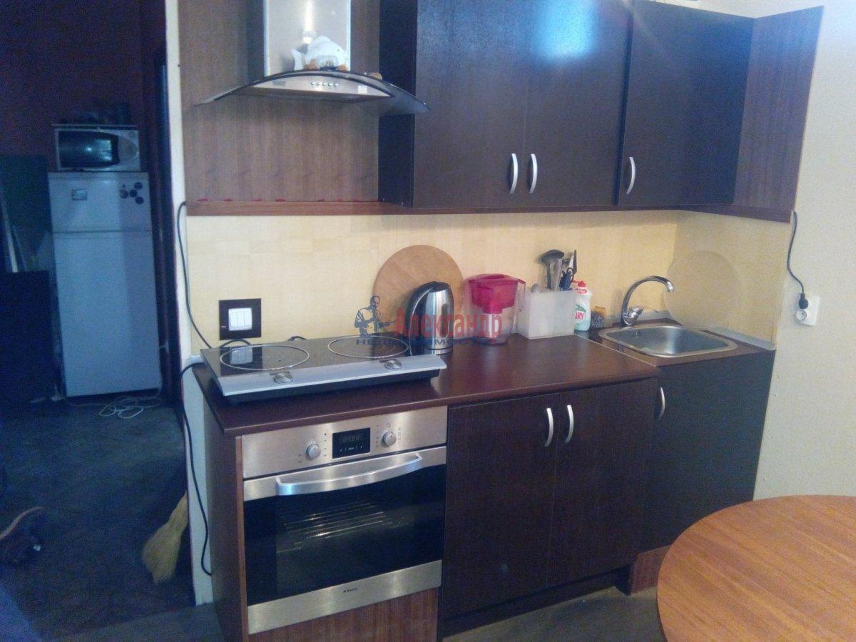 1-комнатная квартира (35м2) в аренду по адресу Ивана Фомина ул., 15— фото 1 из 3