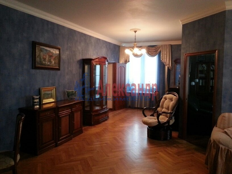 3-комнатная квартира (95м2) в аренду по адресу Черной Речки наб., 10— фото 5 из 16
