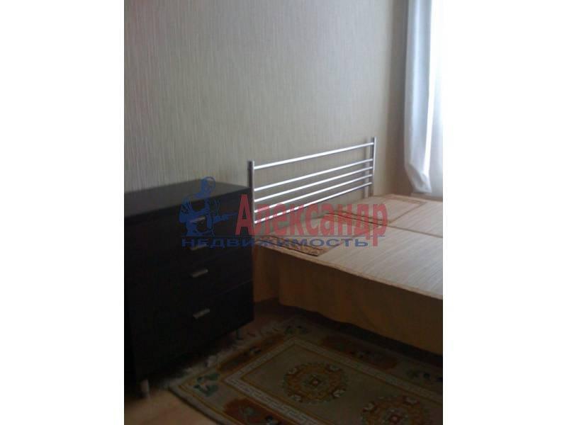 3-комнатная квартира (110м2) в аренду по адресу Московский просп., 220— фото 4 из 11