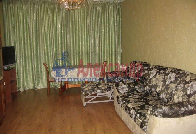 2-комнатная квартира (75м2) в аренду по адресу Ярославский пр., 95— фото 5 из 8