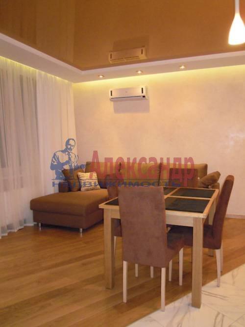 2-комнатная квартира (80м2) в аренду по адресу Свердловская наб., 58— фото 5 из 14