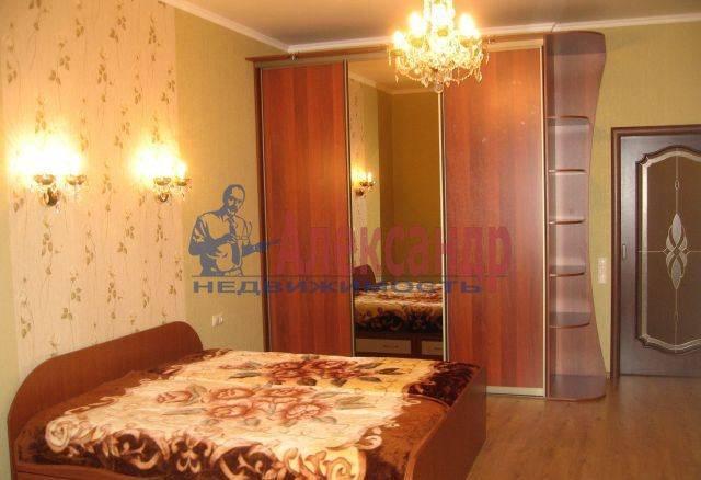 2-комнатная квартира (75м2) в аренду по адресу Ярославский пр., 95— фото 1 из 8