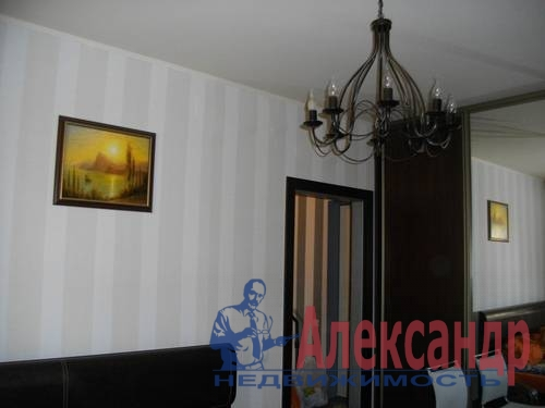 1-комнатная квартира (40м2) в аренду по адресу Гаккелевская ул., 32— фото 2 из 7