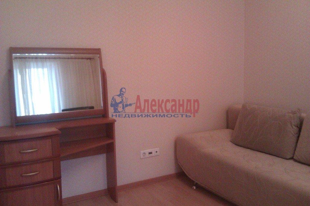 1-комнатная квартира (40м2) в аренду по адресу Орджоникидзе ул., 58— фото 1 из 10
