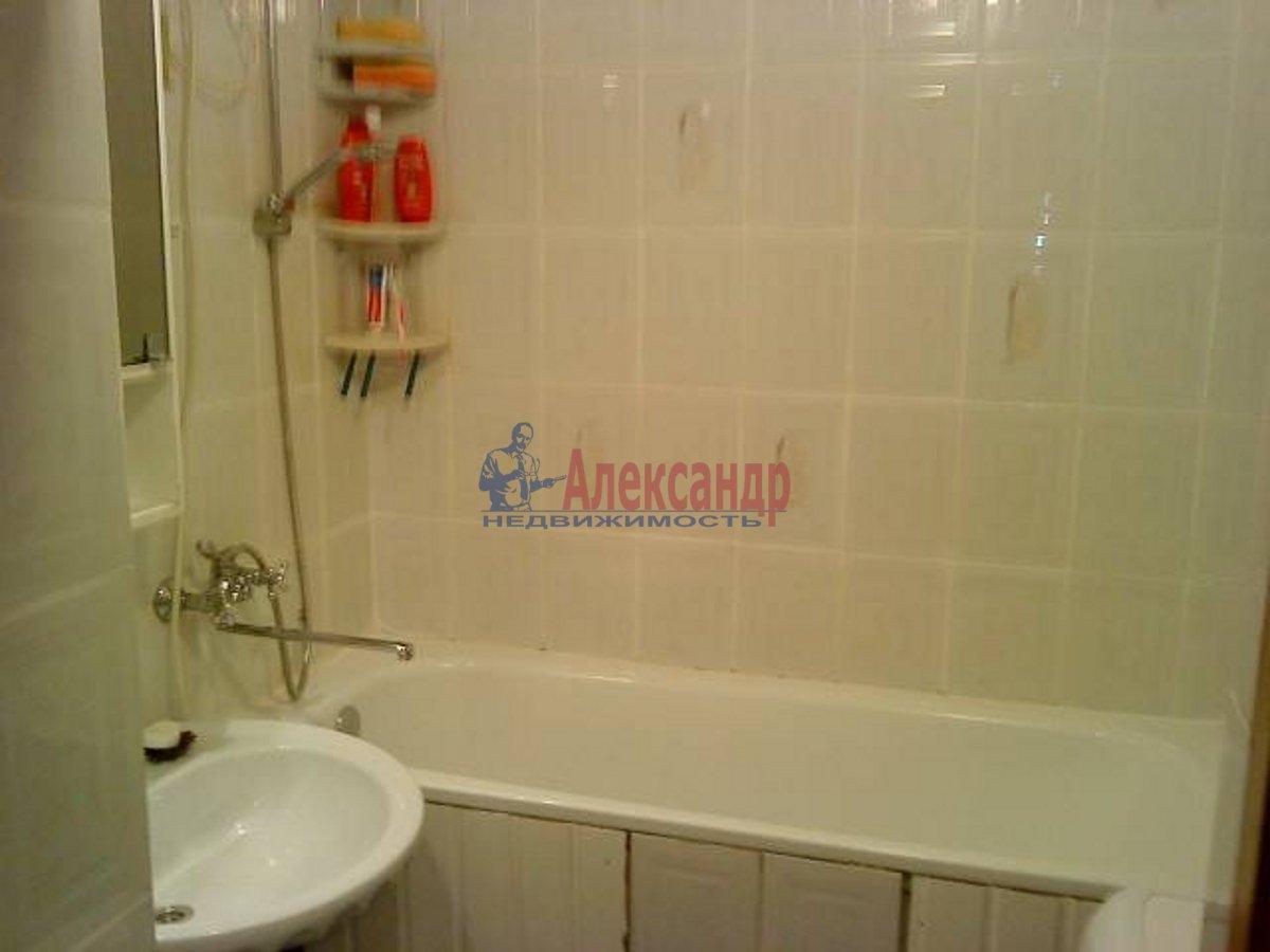 1-комнатная квартира (40м2) в аренду по адресу Блохина ул., 15— фото 3 из 3