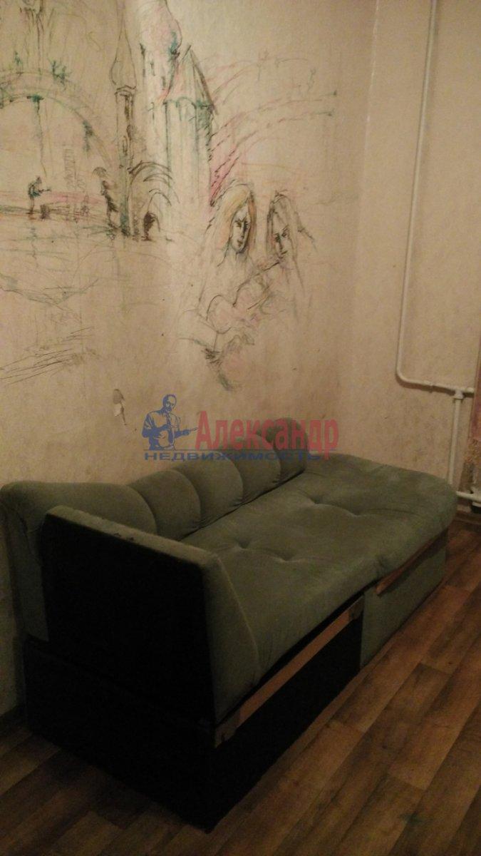 2-комнатная квартира (55м2) в аренду по адресу Просвещения просп., 87— фото 3 из 7