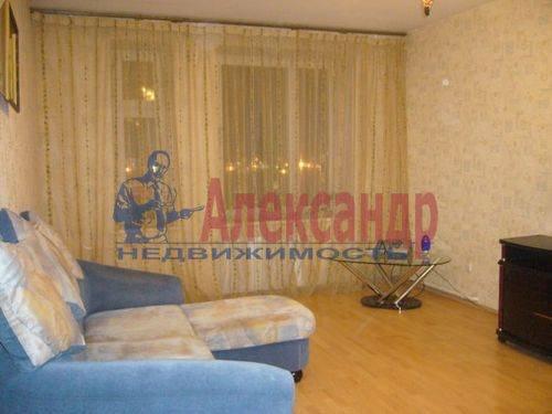 1-комнатная квартира (45м2) в аренду по адресу Хасанская ул., 22— фото 5 из 9