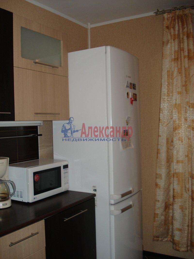 1-комнатная квартира (42м2) в аренду по адресу Колтуши пос., Верхняя ул., 1— фото 2 из 10