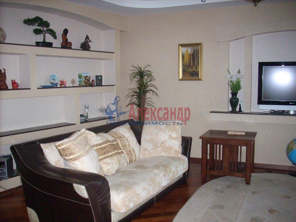 1-комнатная квартира (35м2) в аренду по адресу Полярников ул., 5— фото 3 из 3