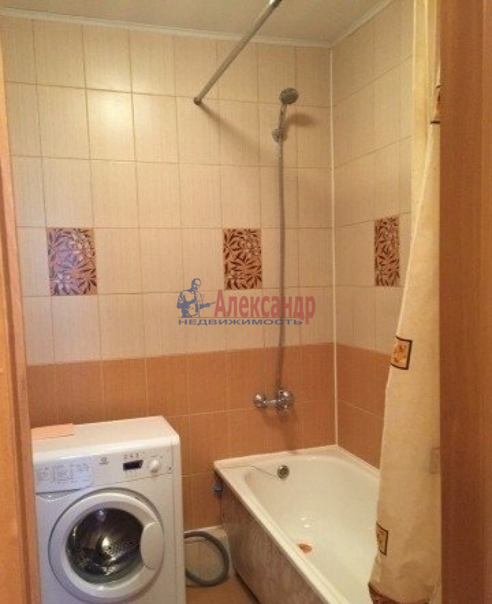 1-комнатная квартира (35м2) в аренду по адресу Маршала Жукова пр., 58— фото 3 из 3