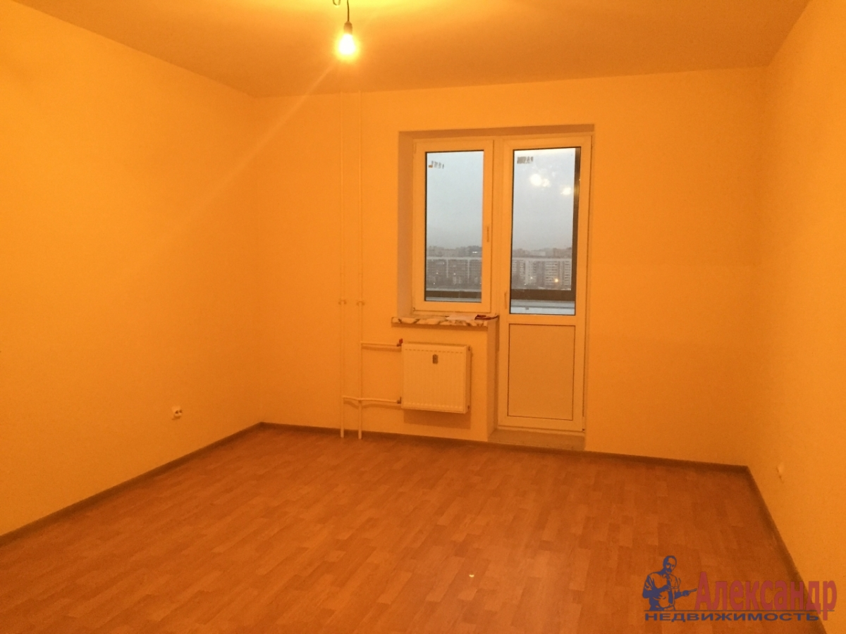 1-комнатная квартира (32м2) в аренду по адресу Кудрово дер., Венская ул., 5— фото 1 из 3