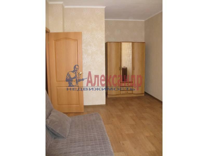 1-комнатная квартира (39м2) в аренду по адресу Автовская ул., 15— фото 2 из 4