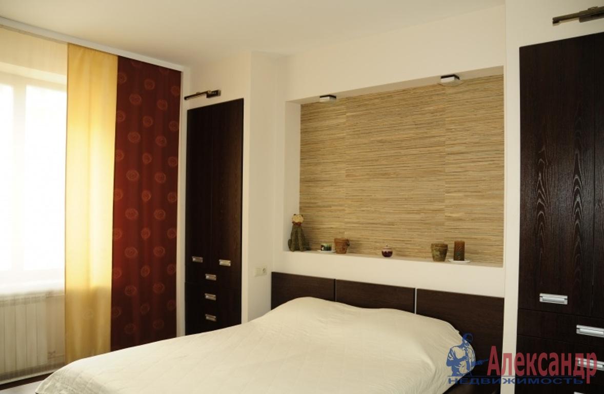 2-комнатная квартира (63м2) в аренду по адресу Лени Голикова ул., 29— фото 3 из 3