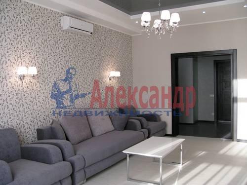 2-комнатная квартира (75м2) в аренду по адресу Новгородская ул., 23— фото 14 из 16