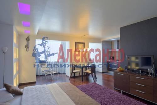 1-комнатная квартира (49м2) в аренду по адресу Комендантский пр., 17— фото 3 из 5