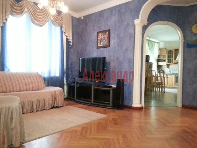 3-комнатная квартира (95м2) в аренду по адресу Черной Речки наб., 10— фото 7 из 16