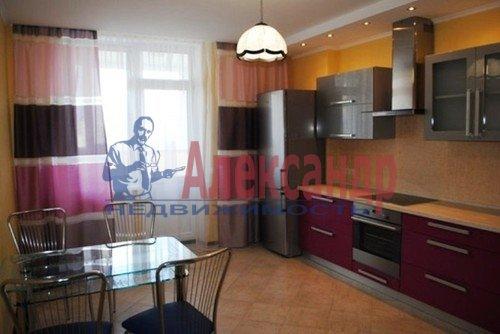 2-комнатная квартира (68м2) в аренду по адресу Дрезденская ул., 11— фото 5 из 11