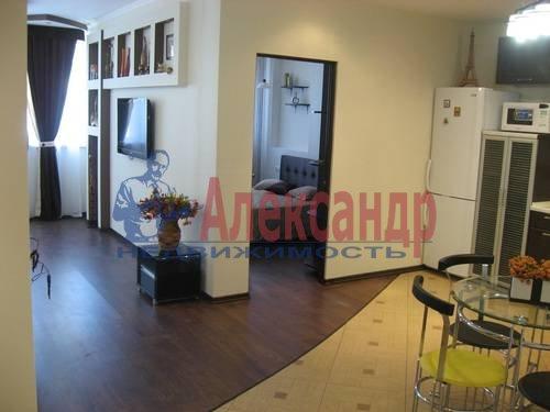 2-комнатная квартира (75м2) в аренду по адресу Вознесенский пр., 49— фото 2 из 17
